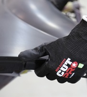 Automotive Metal Stamping; ANSI A7 to A9 Cut Resistant Gloves for Working