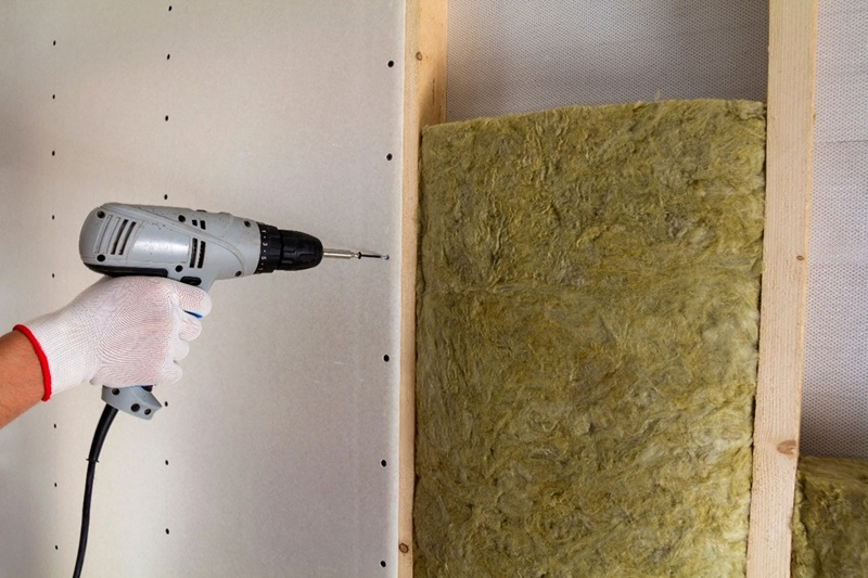 Drill Screws in Drywall