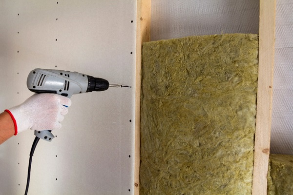 Drill Screws in Drywall