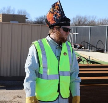 FRMCL2L safety vest offers flame resistant protection