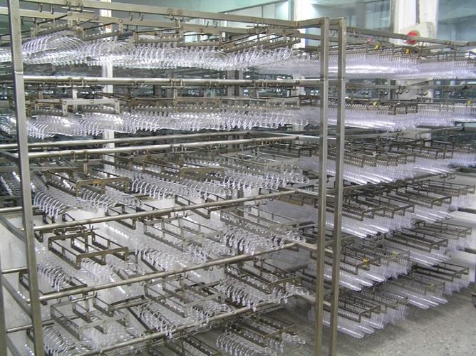 Eyewear manufacturing