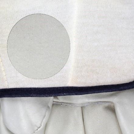 Foam lining in glove