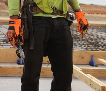 Worker wearing MC503 Gloves